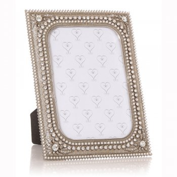 """Junction Eighteen Silver Coloured Pearl & Flower with Diamante Border 7""""x 5"""" Photo Frame"""